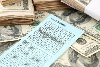 Il remporte la cagnotte du Mega Millions de la loterie
