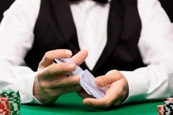 Stratégie de Blackjack pour savoir quand vous devez céder